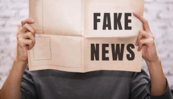 Proč se u nás daří dezinformacím? Lidé nedůvěřují velkým mediálním domům